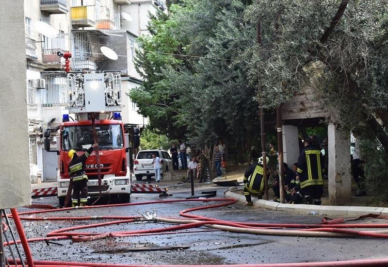 Пожар в ресторане отеля в центре Баку, эвакуированы 20 человек