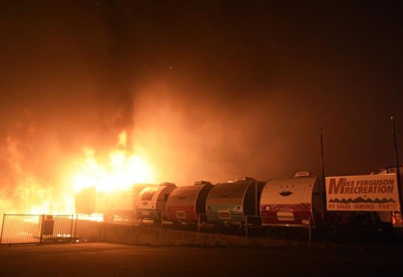 """Число жертв пожаров в Калифорнии увеличилось до 71 человека <span class=""""color_red"""">- ФОТО - ВИДЕО</span>"""
