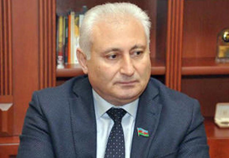 Deputat: Azərbaycan cəmiyyəti inkişaf üçün perspektivlər vəd etməyən heç bir sosial-siyasi aksiyanı dəstəkləmir