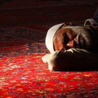 Как нельзя спать мусульманам