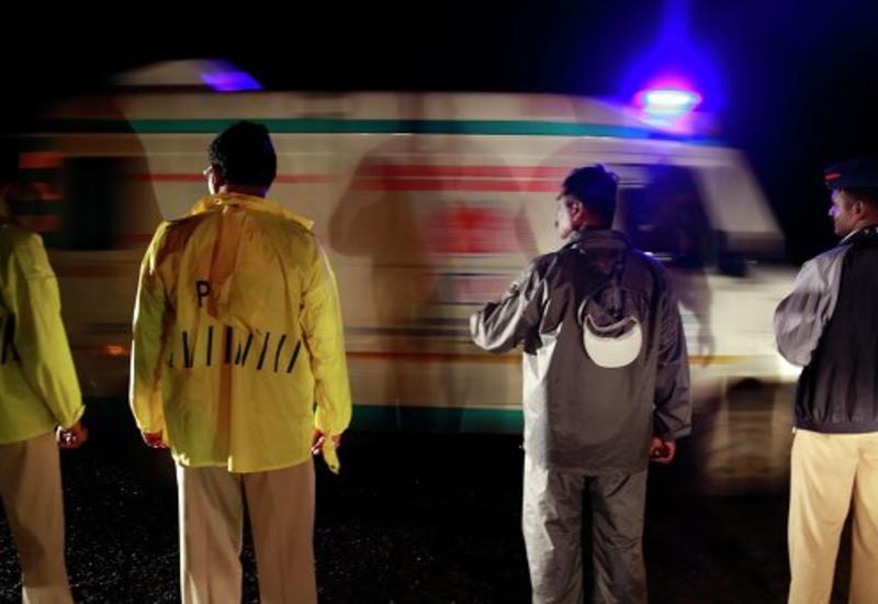 В Индии автобус рухнул в ущелье, есть погибшие
