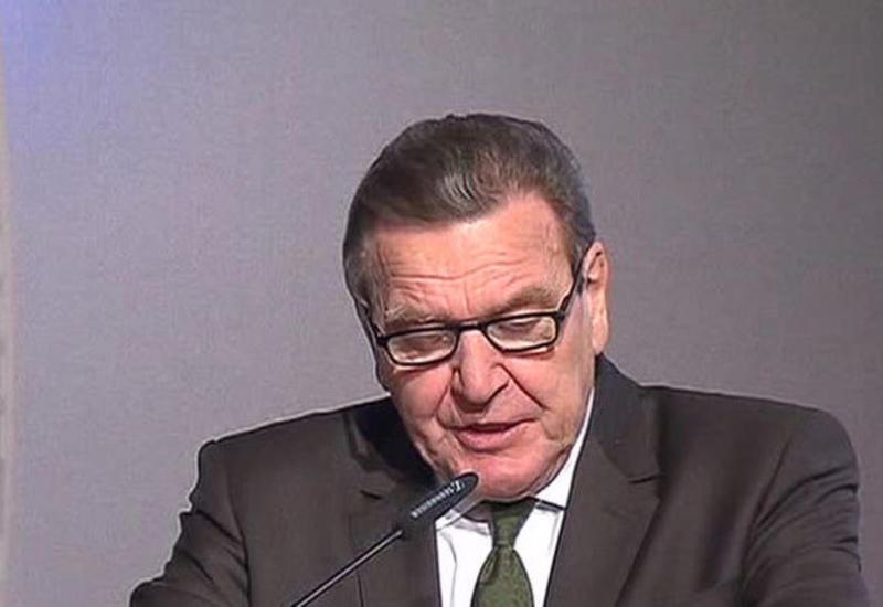Бывший канцлер Германии призвал Берлин сотрудничать с Китаем