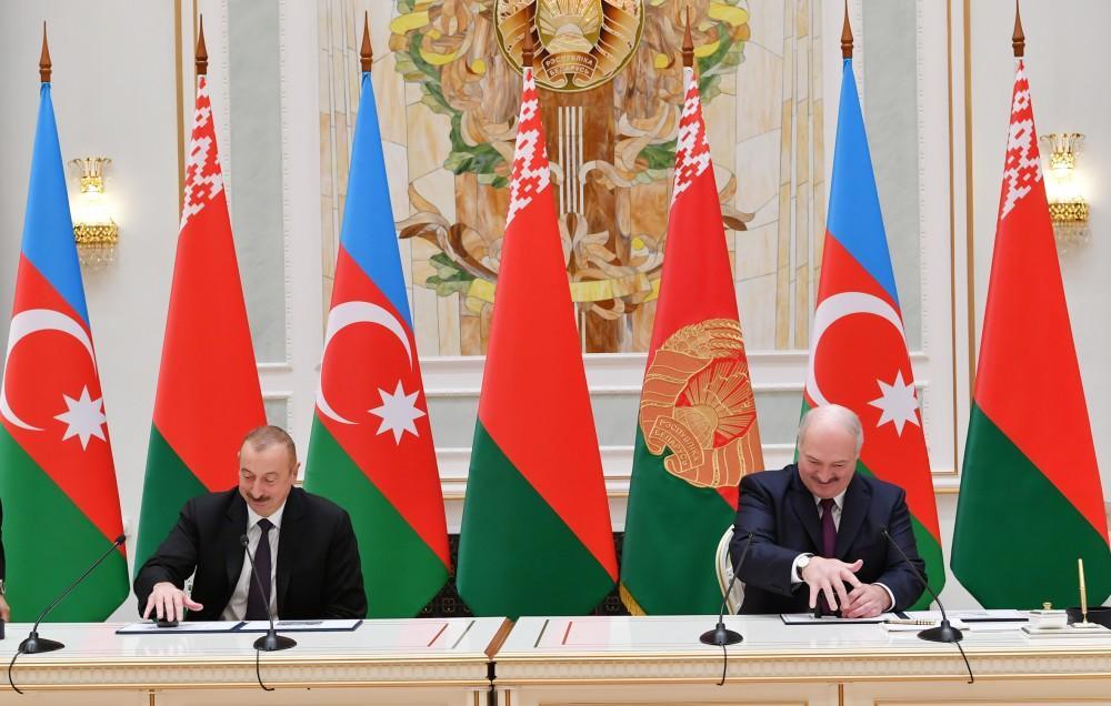 Президенты Азербайджана и Беларуси выступили с заявлениями для печати