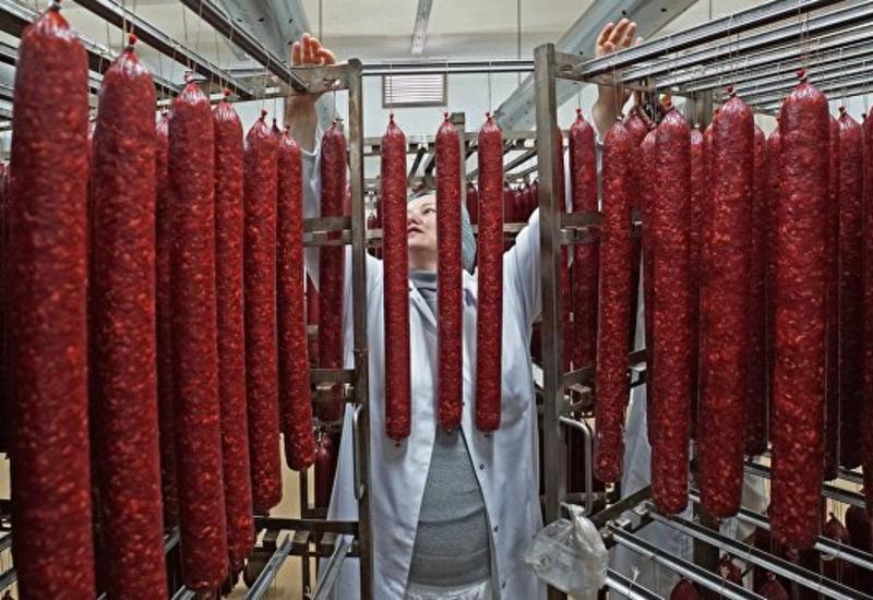 В России может сильно подорожать колбаса