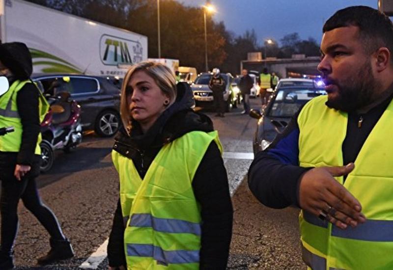 Число пострадавших на акциях протеста во Франции выросло до 500
