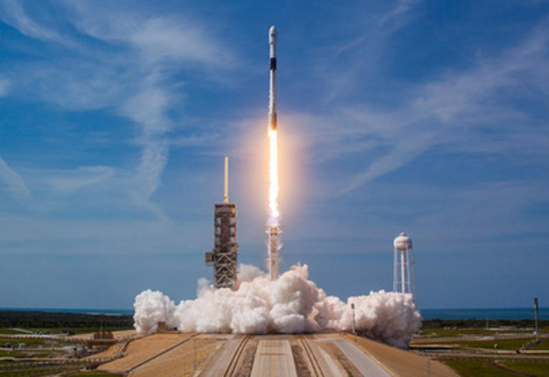 SpaceX разрешили запустить почти 12 тыс. спутников
