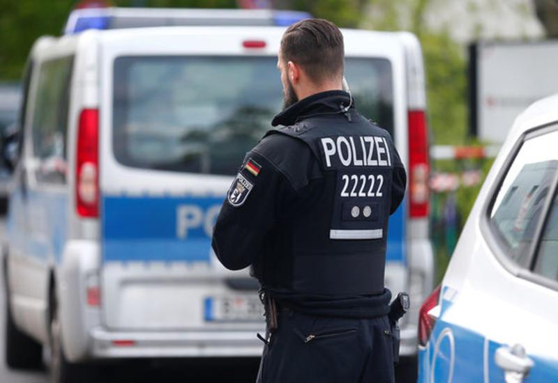 В Германии мужчина захватил заложницу на заправке