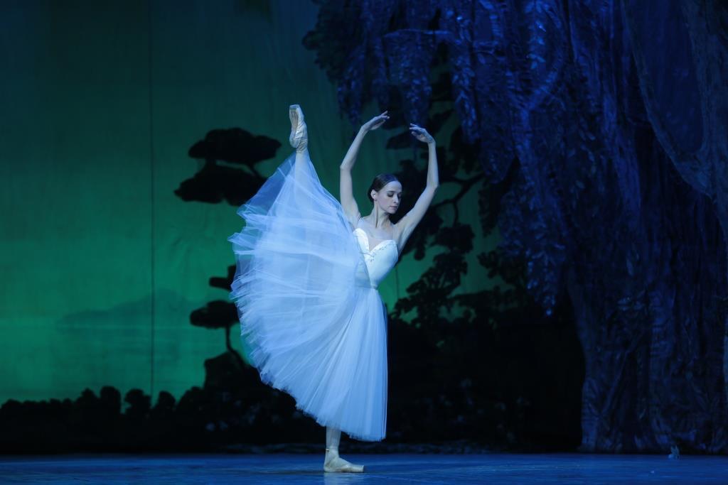 """Фантастическая """"Жизель"""" на сцене Театра оперы и балета"""