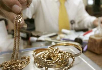 Ölkənin qızıl-gümüş bazarında qiymətlər