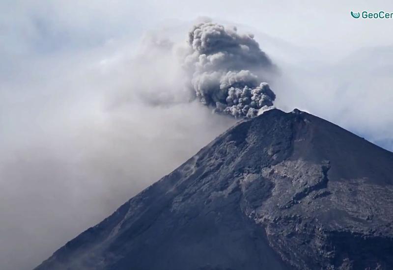 Извержение вулкана Фуэго в Гватемале: эвакуированы порядка 4 тыс. человек