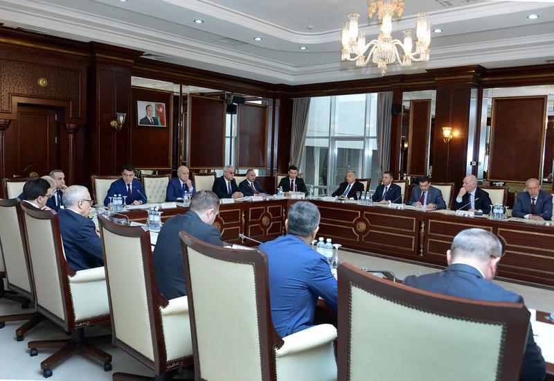 """Орхан Мамедов: Азербайджан увеличит роль малого и среднего бизнеса в экономике <span class=""""color_red"""">- ФОТО</span>"""