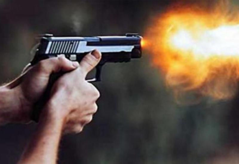 Камера сняла, как бандиты обстреляли мужчину и отняли у него 30 млн