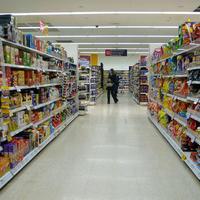 В Азербайджане всем покупателям вернут часть стоимости покупок в магазинах и ресторанах