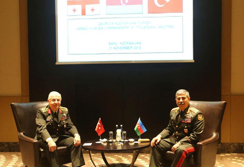 Военные ведомства Азербайджана и Турции обсудили проведение совместных учений