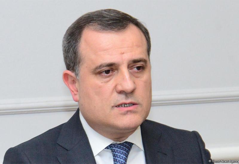 Джейхун Байрамов выразил соболезнования в связи с крушением вертолета в Турции