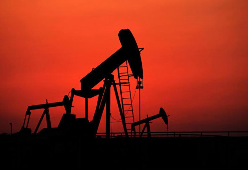 Нефть дешевеет на данных API по запасам сырья в США