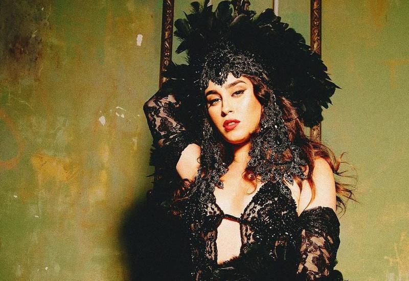 Азербайджанский дизайнер одел популярную певицу Лорен Хурэги