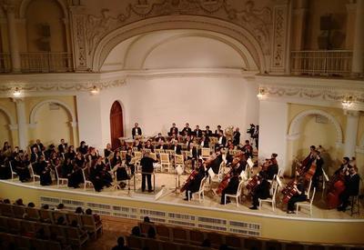 """В Филармонии состоялся великолепный концерт, посвященный 90-летию известного скрипача Азада Алиева <span class=""""color_red"""">- ФОТО</span>"""