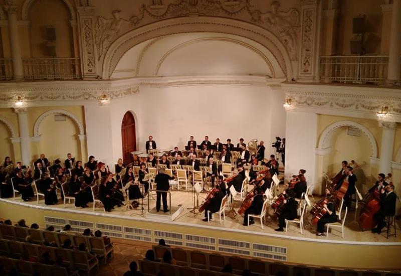 В Филармонии состоялся великолепный концерт, посвященный 90-летию известного скрипача Азада Алиева