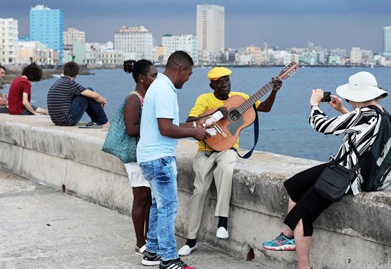 На Кубе появится мобильный интернет
