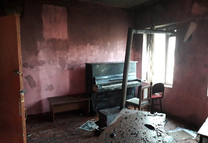 В музыкальной школе в Азербайджане произошел сильный пожар