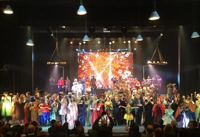 """Театру юного зрителя 90 лет <span class=""""color_red"""">- ГРАНДИОЗНЫЙ ВЕЧЕР - ФОТО - ВИДЕО</span>"""