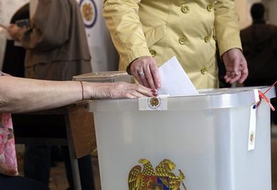 Выборы в Армении показали разочарованность армян и их страх перед войной