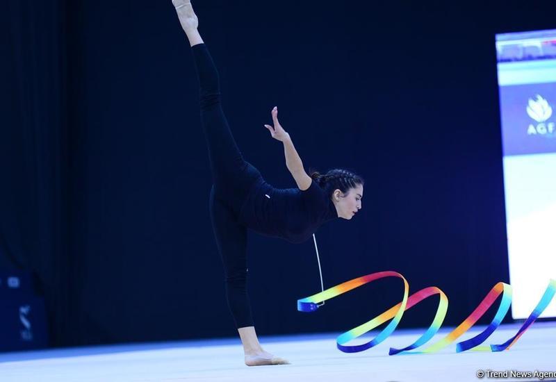 """В Национальной арене гимнастики представлено потрясающее шоу """"Золотой возраст"""" <span class=""""color_red"""">- ФОТО</span>"""