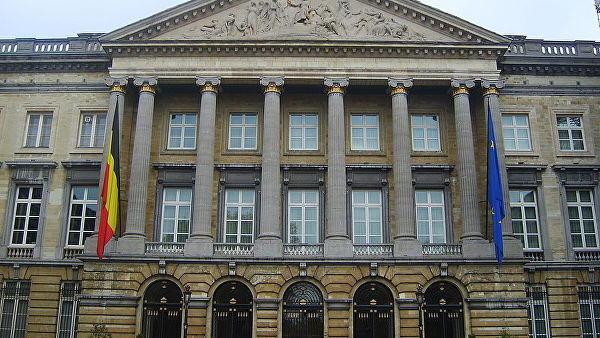 Бельгии угрожает государственный кризис из-за пакта ООН омиграции