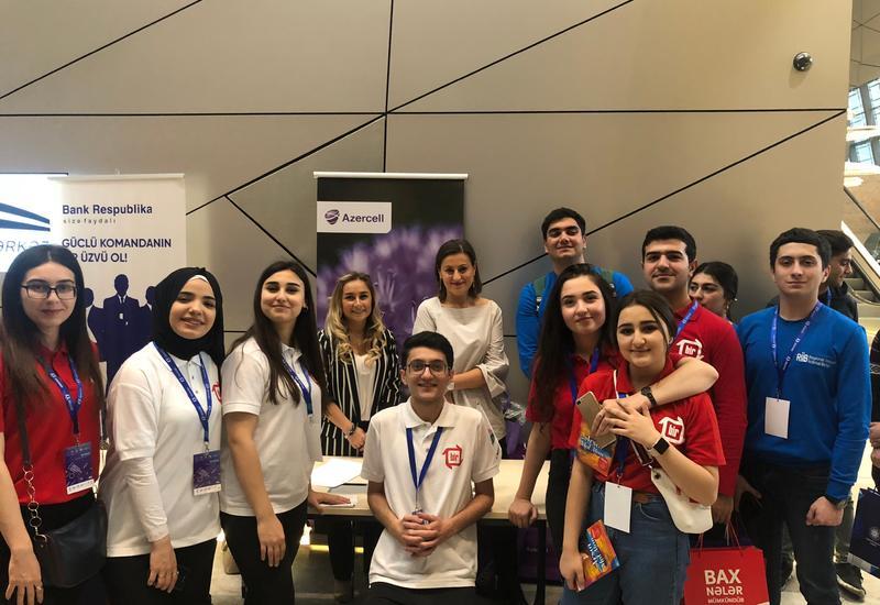 """Azercell продемонстрировала солидарность с молодыми волонтерами <span class=""""color_red"""">- ФОТО</span>"""