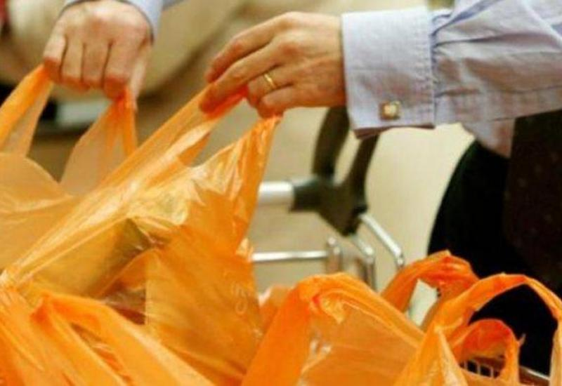 В Азербайджане запрещен ввоз полиэтиленовых пакетов и одноразовой пластиковой посуды