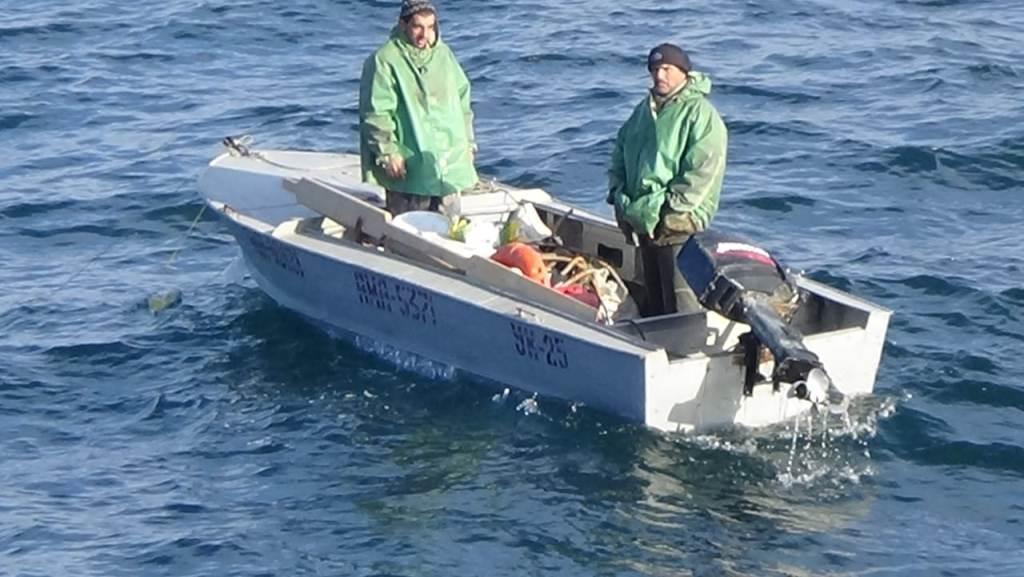 На Каспии спасли терпящих бедствие рыбаков