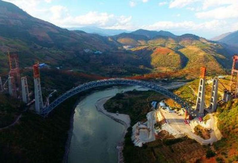 ВКитае завершили строительство уникального моста