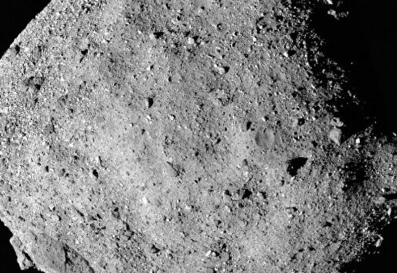 """Зонд НАСА обнаружил воду на """"астероиде апокалипсиса"""""""