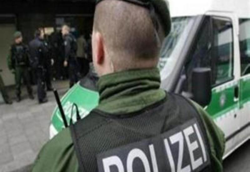 В Германии мигранты забросали полицейских камнями