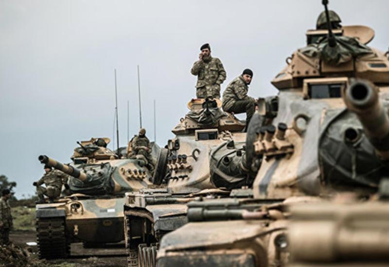 Турция стягивает военную технику к границе с Сирией