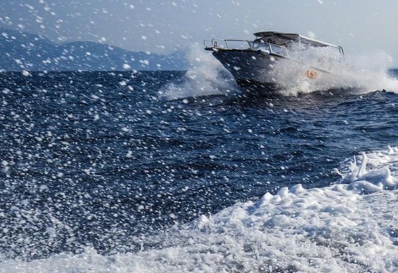 """В Черном море затонула перевозившая пассажиров яхта <span class=""""color_red"""">- ВИДЕО</span>"""