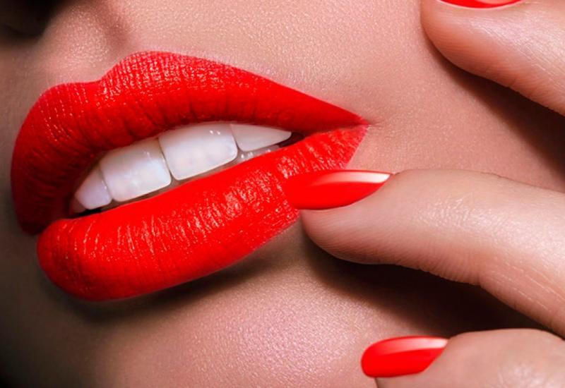 5 ошибок, которые вы совершаете, когда красите губы
