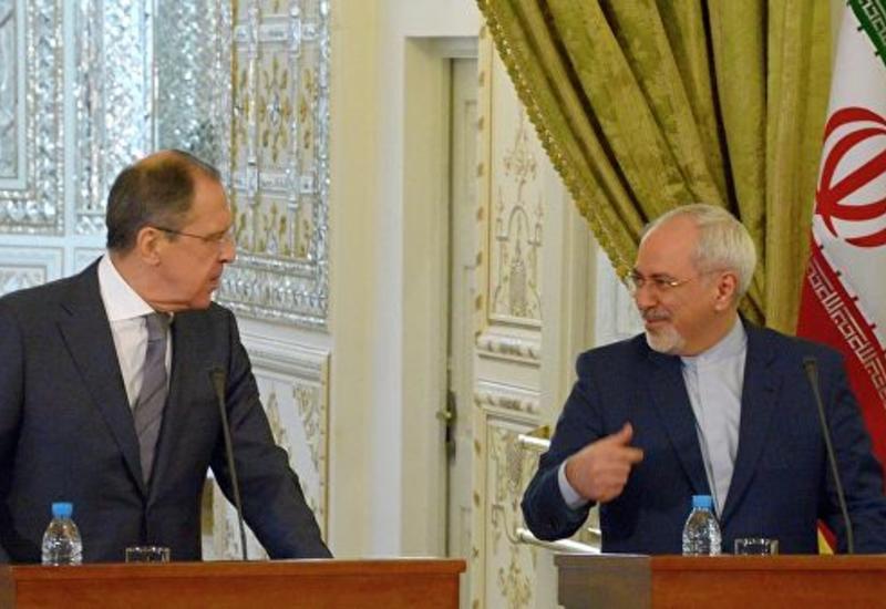 Лавров и Зариф обсудили по телефону ситуацию в Сирии