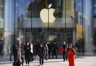 Поставщики Apple могут перенести производство iPhone из Китая
