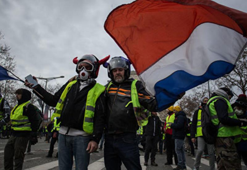 Французские власти призвали не проводить акции протеста в субботу