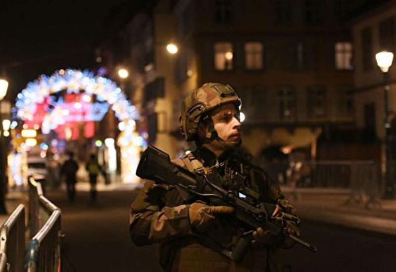 Глава МВД Франции посетил ярмарку в Страсбурге, где произошла стрельба