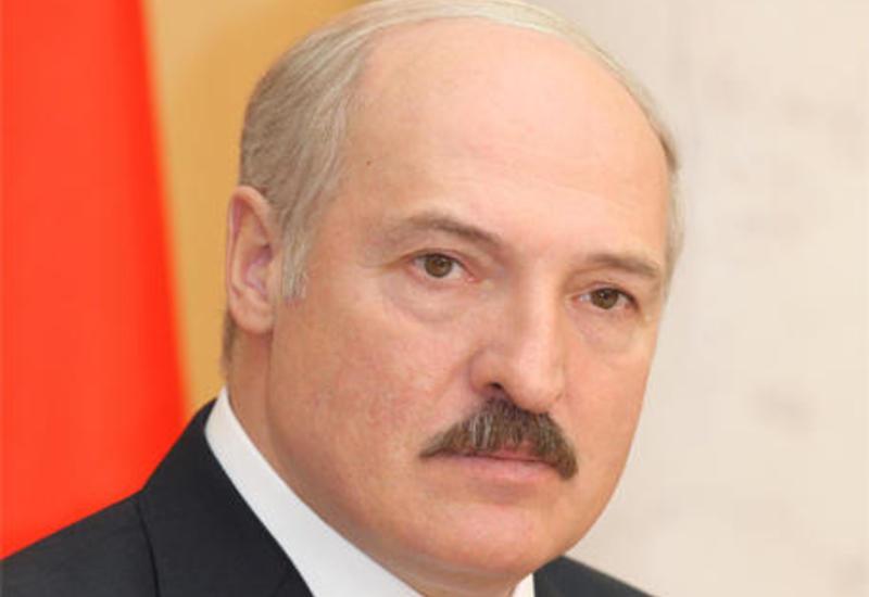 Александр Лукашенко вылетел в Баку