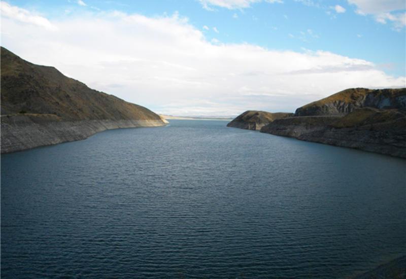 В Турции разрушился шлюз на водохранилище, возможно сильное наводнение
