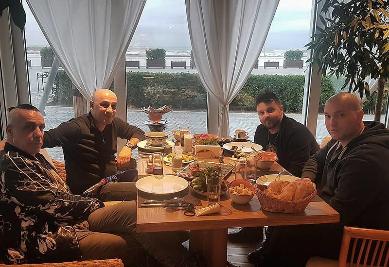 Легендарный Тилль Линдеманн уже в Баку
