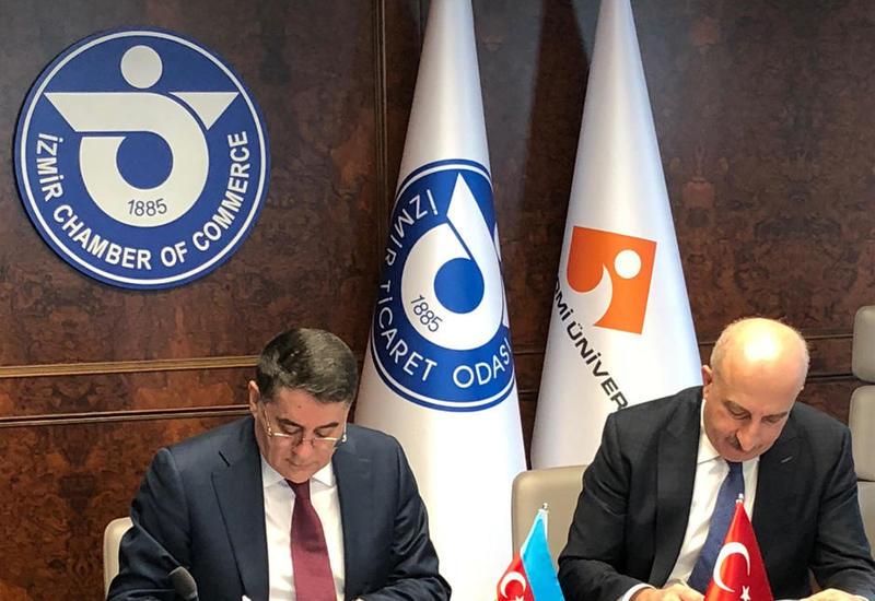 Азербайджан и Турция подписали документ в сфере международных автоперевозок