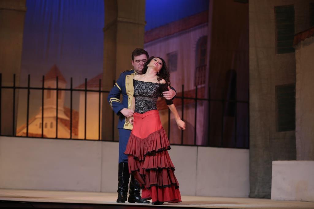 """Испанские страсти - фееричная """"Кармен"""" на сцене Театра оперы и балета"""