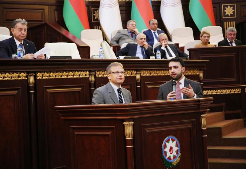 Японский ученый стал первым лауреатом премии имени академика Джалала Алиева