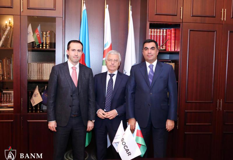 Бакинская Высшая школа нефти укрепляет сотрудничество с SOCAR Foster Wheeler
