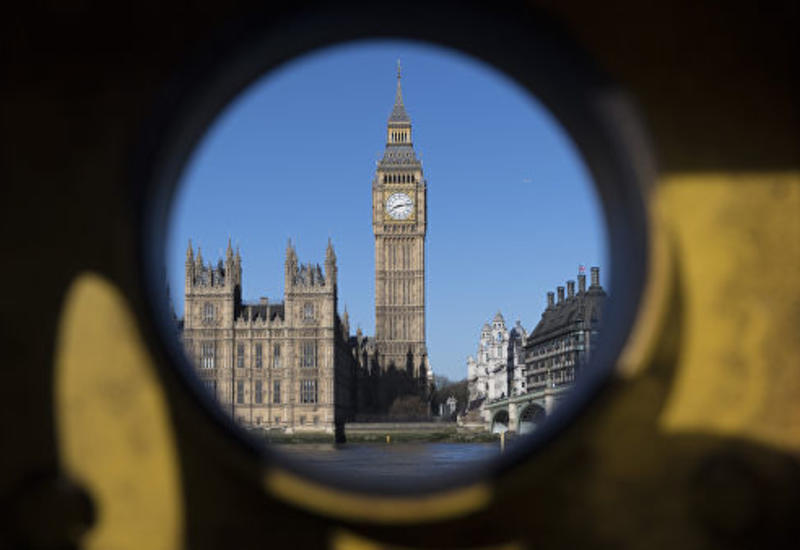 """Британия выделит дополнительные 500 млн фунтов на борьбу с """"угрозами"""""""